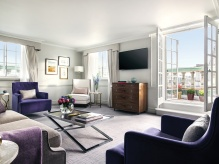 The Terrace Suite - Living Room
