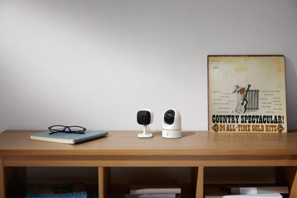 Eufy Security Indoor Cam 2K and Indoor Cam 2K Pan & Tilt